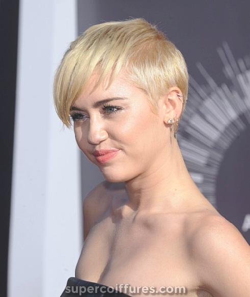 100 meilleures coiffures courtes pour les femmes 2019