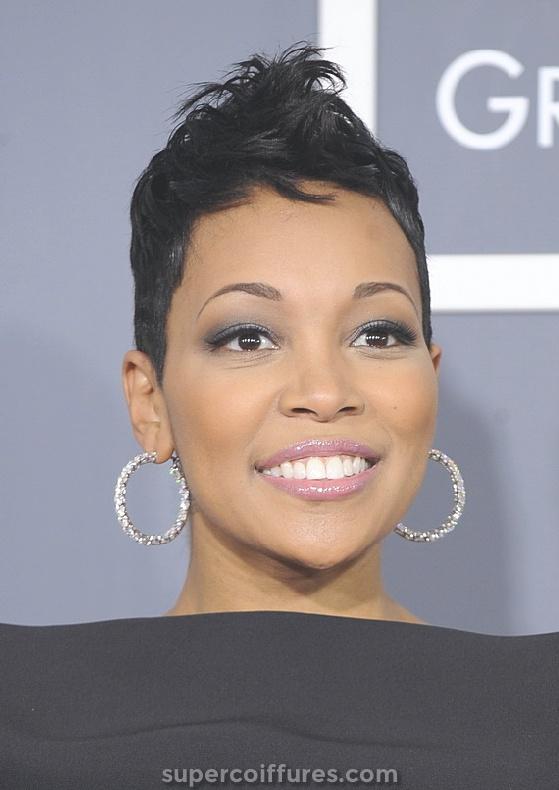 30 plus charmants courts coiffures noires pour les femmes