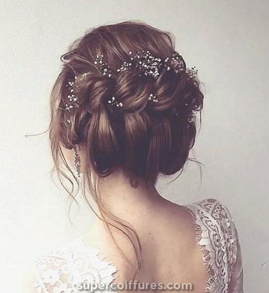 22 coiffures de mariage les plus élégants pour les cheveux longs