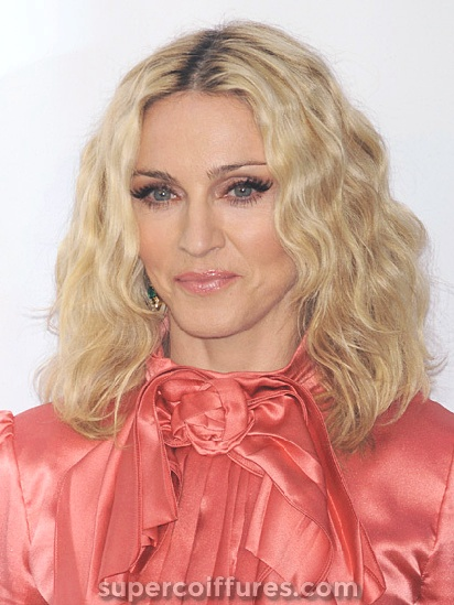 30 coiffures faciles pour les femmes de plus de 50 ans