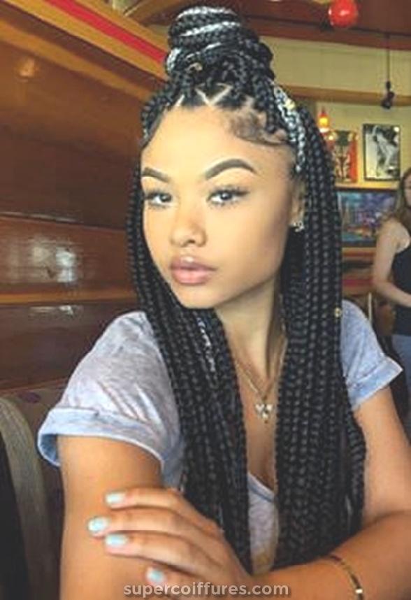 filles noires avec une queue