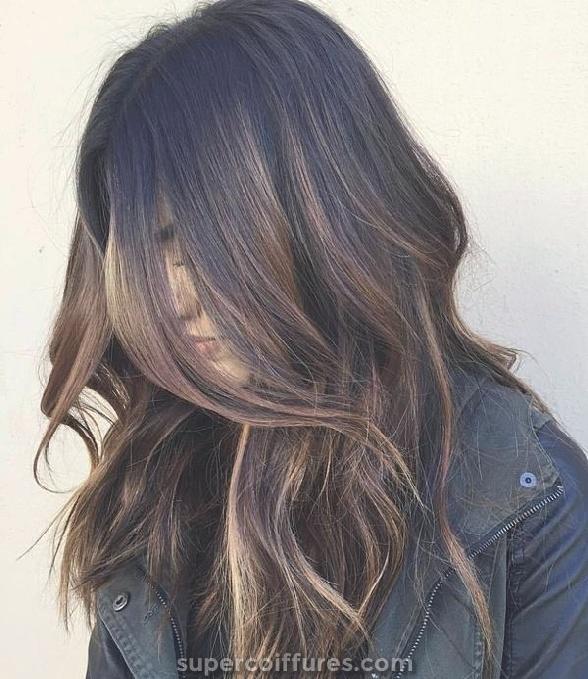 Bala gira castanha clara para cabelo escuro