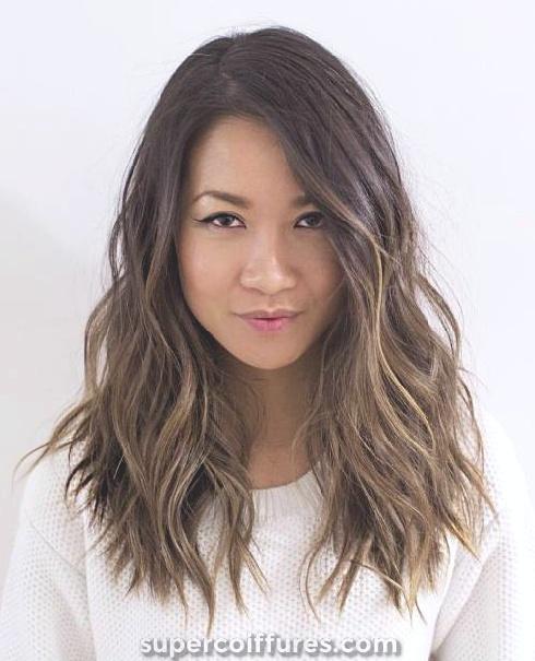 30 coiffures brunes pour les femmes - style le plus chic et chic à porter