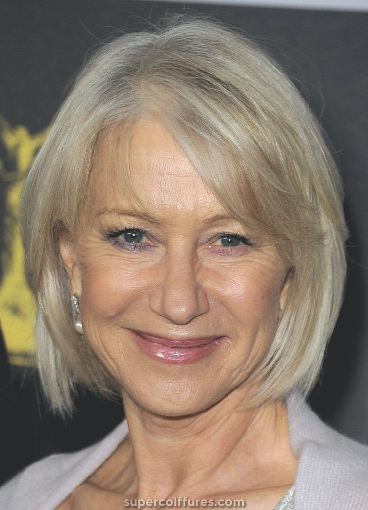 15 coiffures pour les femmes de plus de 50 ans avec des visages ronds