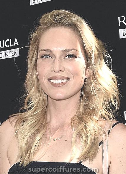 25 coiffures de célébrités merveilleuses pour la forme de visage rond