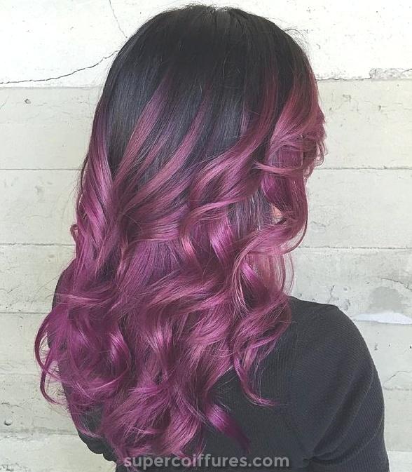 Idées de couleur de cheveux bourgogne
